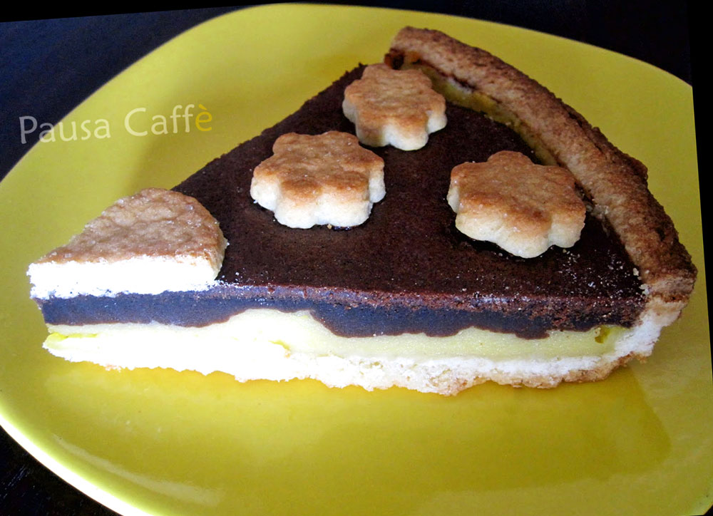 Crostata-Black-And-White-(2)-F1