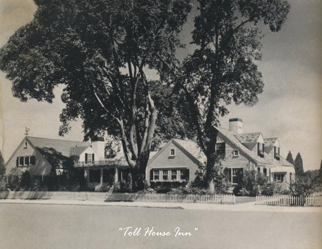 toll house con scritta
