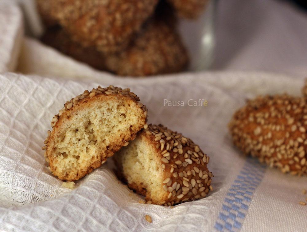 Biscotti-regina-reginelle-sesamini-(4)F