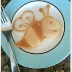 bee-pancake-art