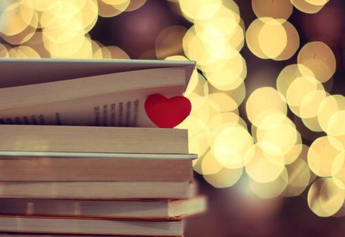 books-heart-nice-Favim.com-408363
