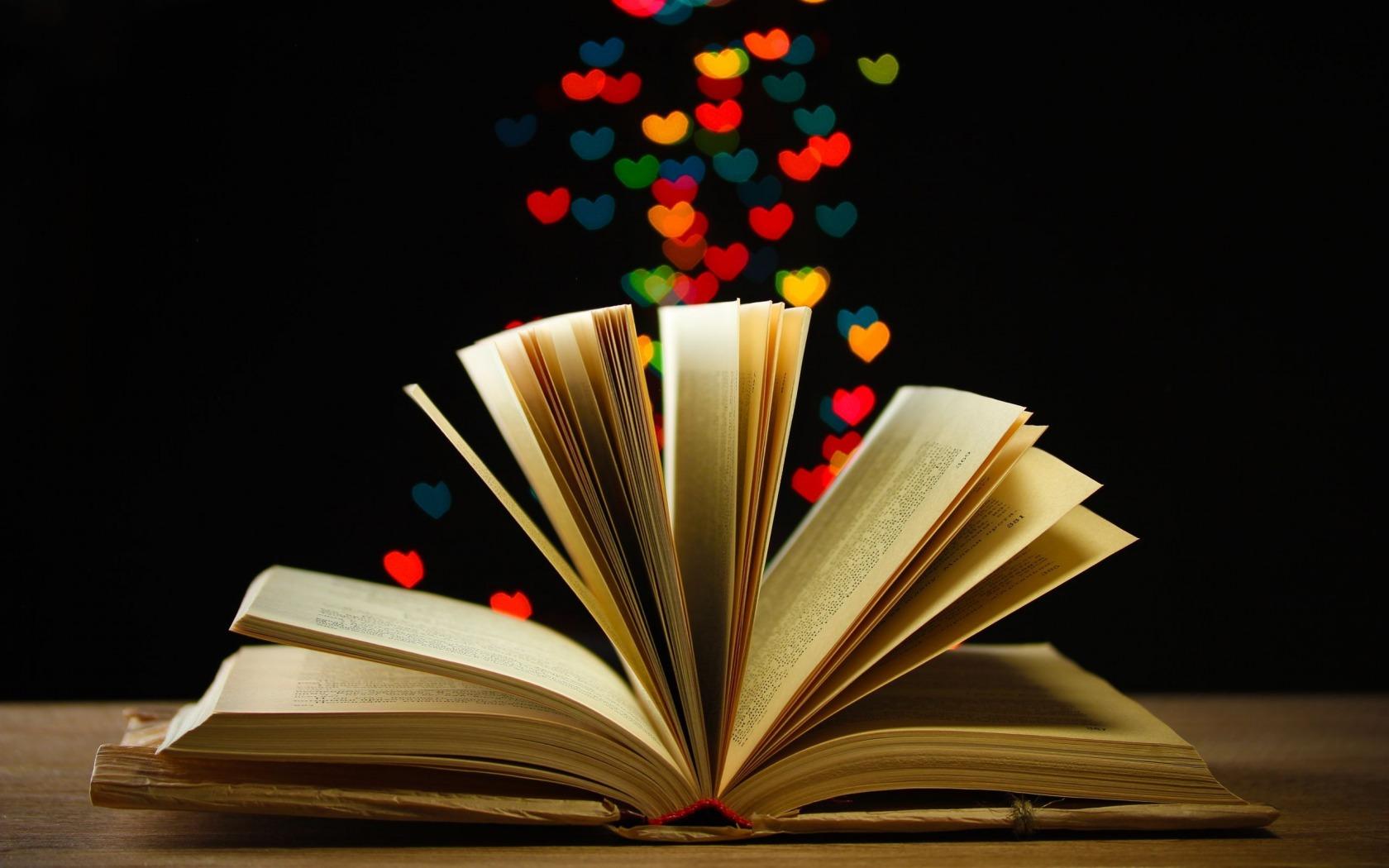http://www.pausacaffeblog.it/wp/wp-content/uploads/2015/02/libri-san-valentino.jpg