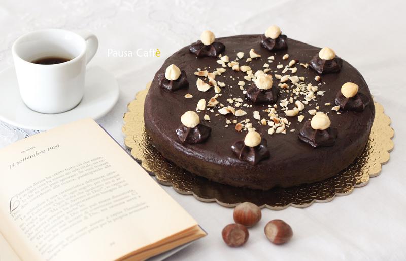 Torta cioccolato e nocciole (1)1 F