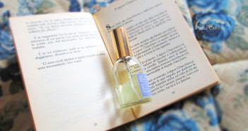Pausacaffè libro profumo F